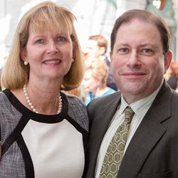 Vicki Peaper, Dr. Lee Shulman